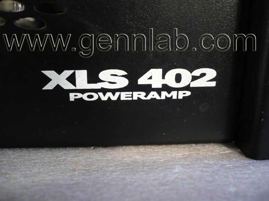 CROWN XLS402 Power Amplifier. Front Panel_right.