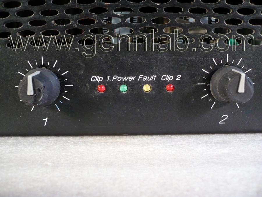 CROWN XLS402 Power Amplifier. Front Panel Controls.
