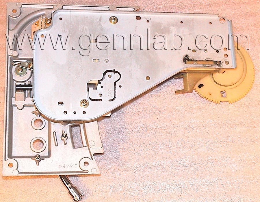 PIONEER PL-518 removed Mechanism - Arm base Assembly bottom