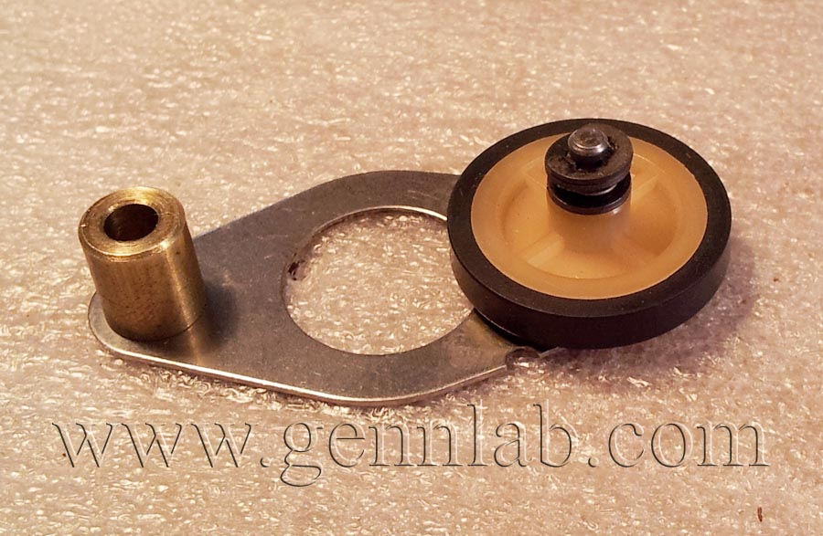 Technics RS-M95 Idle Roller Wheel rounded, assembled.