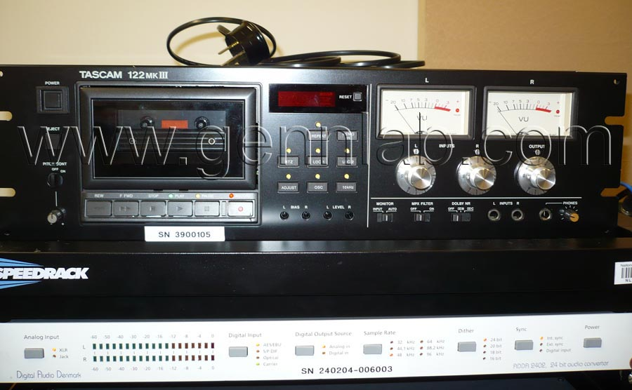 TASCAM 122mkIII. Front.