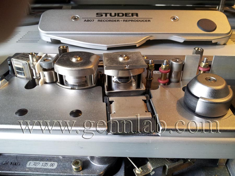 STUDER A807 Professional Tape Recorder. Head Assembly.